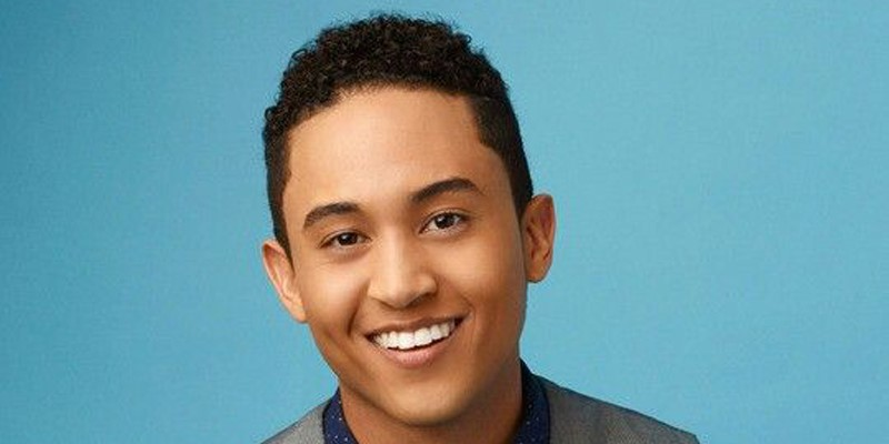 Q&A with Tahj Mowry of ABC Family's 'Baby Daddy'